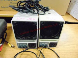 2 AN 100 microphone speakers