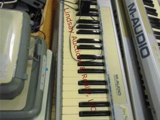 2 M audio key station 61 es keyboards