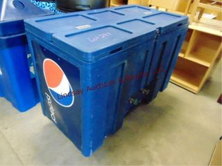 Pepsi plastic reach in cooler 50 x 24 x 39 on whls