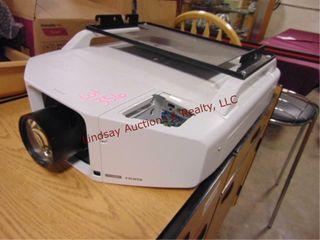 Epson powerlite pro Z8050WXGA HDMI projector w