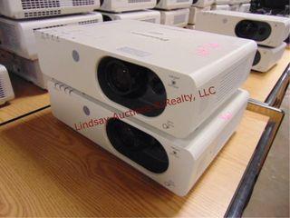 2 Panasonic FW430WXGA projectors