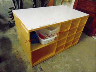 2 sided cubby shelf 48 x 29 x 27