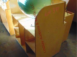 1 globe   rolling shelf 30 x 20 x 36