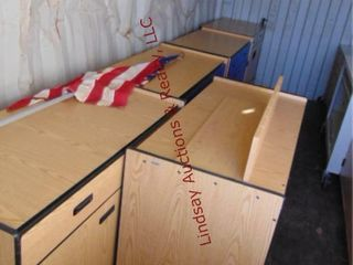 lot w  5 rolling carts  2 w  2 doors   2drawers