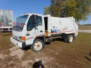 2005 Chevy W5500 Trash Truck  automatic trans