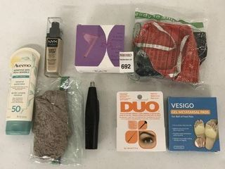 FINAl SAlE  ASSORTED PERSONAl ITEMS