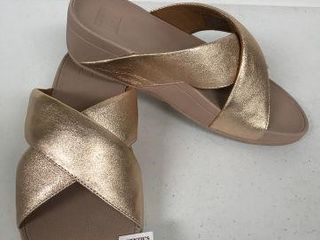FITFlOPS WOMENS SANDAlS SIZE 8
