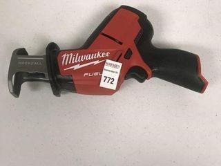 MIlAWAUKEE M12 CORDlESS RECIPROCATING SAW