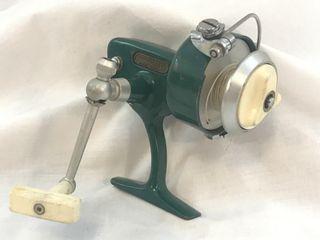 Vintage Green Penn 714 Spinfisher Spinning Reel