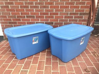 (2) Sterlite 30 Gallon Storage Totes w/Lids NICE!