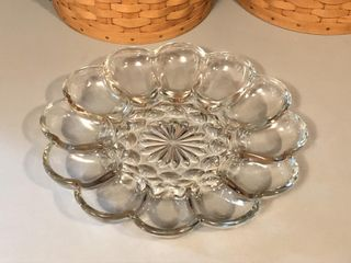 Vintage Anchor Hocking Fairfield Glass Egg Plate