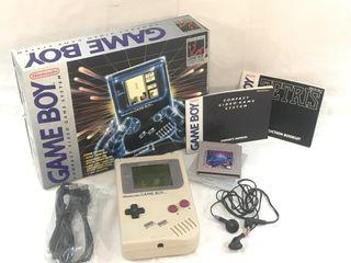 1989 Original Nintendo Gameboy Game System