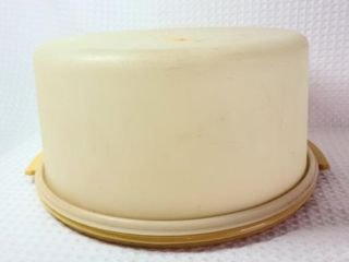 Vintage Tupperware Maxi Cake Taker