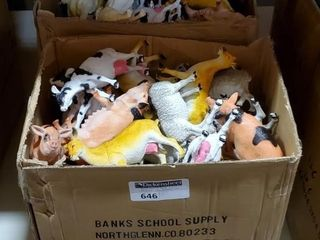 "6.5-8.5"" Farm Animals Set B, 2 cases as"