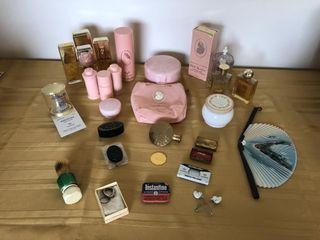 White shoulders perfume/lipstickholder, fashion