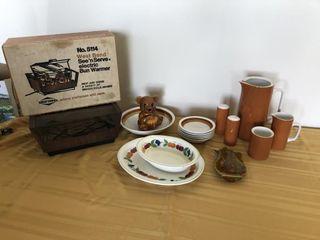 See N Serve Bun Warmer, Brown vintage dishes
