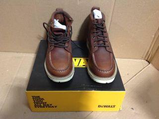 DEWALT Men's Canton 6'' Work Boots - Soft Toe - Walnut Pitstop Size 10(M) in good condition