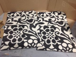 Simpatico Earth Gray Starch 3 ft. x 4 ft. Scatter Rug by Mohawk Home in good condition