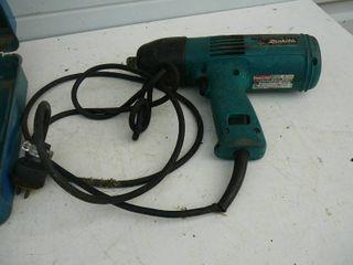 Makita 1/2 Impact Wrench