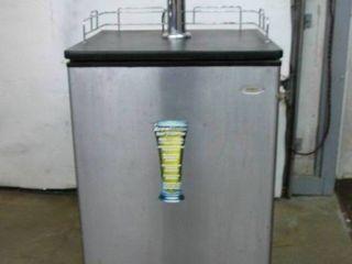 Drew Master Beer Dispenser