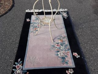 Plush Rug 5'x3' & Cute Cast Metal Table With Glass Top 15x30