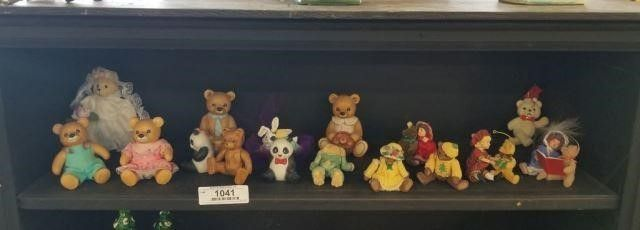 Jointed Bear Figurines & Other Items