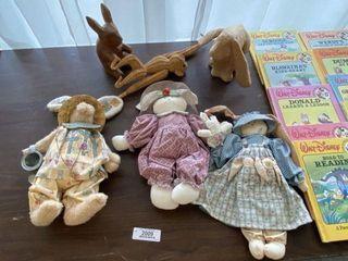 Collectible Animal Figurines & Dolls