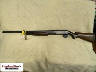 Winchester Model 12 Heavy Duck 3? 12 gauge. Solid