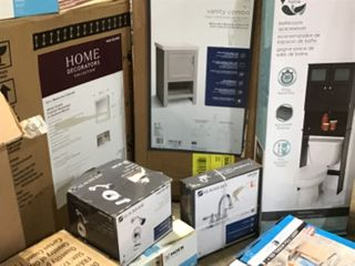 BATHROOM PALLET WITH ASSORTED GLACIER BAY & HOME DECOR COLLECTION BATHROOM CABINETS/ FAUCETS AND TOWEL HOLDERS/ SHOWER RACKS! SEE DESCRIPTION/ PICS!