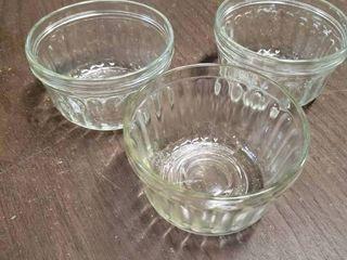 lot of 3 Glass Custard Bowls   3 5  x 2 5  T