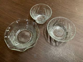 lot of 3 Glass Bowls