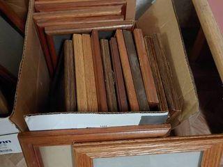 lot of 20 Medium Wooden Frames   9  to 12  T