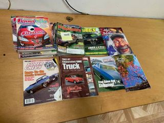 large lot of Magazines   9 Off Road Adventure  8 Summit Racing Equipment   amp  More   In Good to Poor Condition