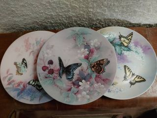lot of 5 Butterfly Collector Plates by lena liu   8 5  Diameter