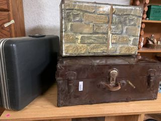 Black Suitcase  Camouflage Suitcase   amp  a Metal Trunk   Trunk Hard to Unlock and has a Broken Handle