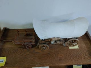 lot of 2 Wooden Wagons   4 5  x 11  l