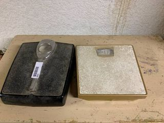 lot of 2 Weight Scales   Works