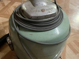 Vintage Teal Green Craftsman Wet Dry Vacuum