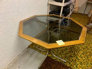 Glass Topped Octagon Table   41  x 28  T