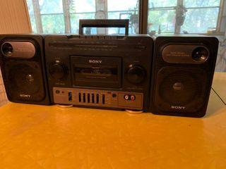 Sony Radio Tape Player Boombox   Mo  CFS 1030   Untested