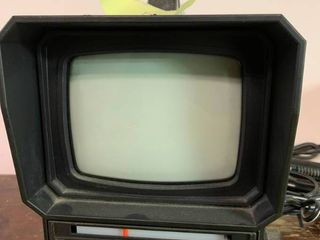 Vintage Panasonic Television   Mo  TR 5040P   Untested