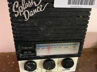 Vintage Pollenex Splash Dance AM FM Shower Radio   Turns On