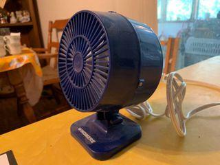 Blue Windemere Fan   6 5  Tall   Works