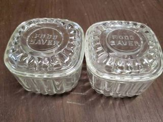 lot of 2 Clear Square Fruit Refrigerator Glass Containers With lids   3  x 3  T