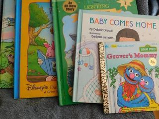 Children s Books  6 ea