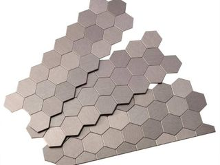 Aspect A98 50 Peel and Stick Backsplash Honeycomb Metal Tile for Kitchen and Bathrooms  11  x 4  Stainless Matted