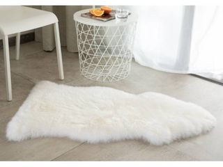 Genuine Australian lamb Sheepskin Rug Natural Single Pelt   2  x 3    White