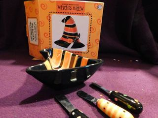 Witches Brew Dip Bowl   Spreader