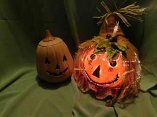 light Up Scarecrow   Ceramic Jack O lantern