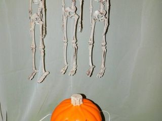 Set of 3 Hanging Skeletons   Pumpkin